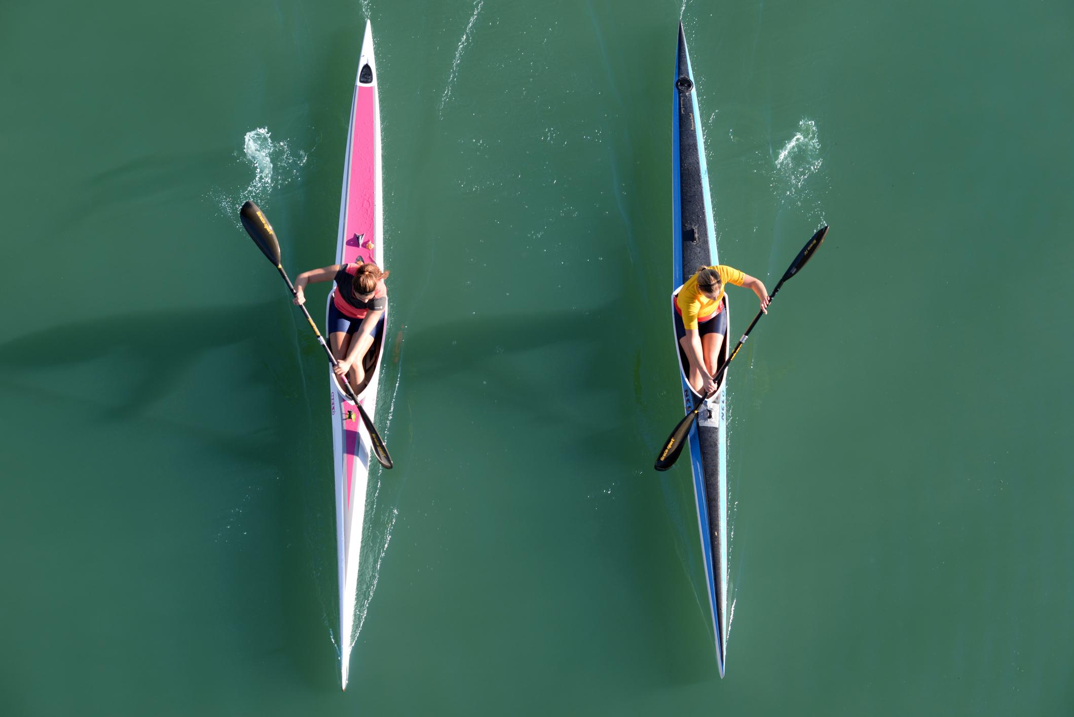 Der Wildwasserrennsport für Kajaker